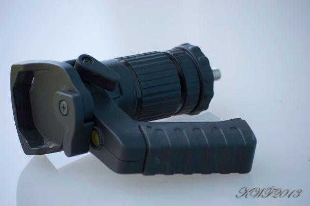 Pistol grip ball head